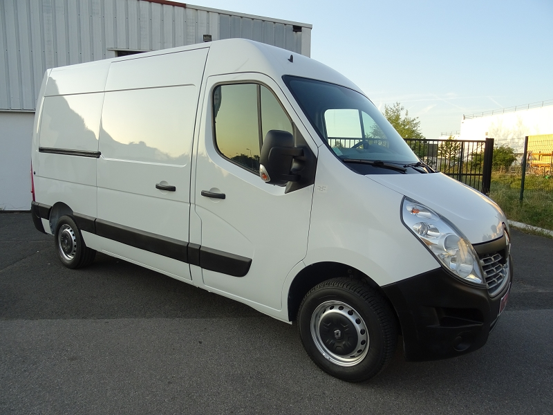 https://www.nadmadsam-autos.com/listings/renault-master-iii-fg-f3300-l2h2-2-3-dci-110ch-generique/